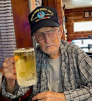 Photo of Robert L. Thomas, Sr.