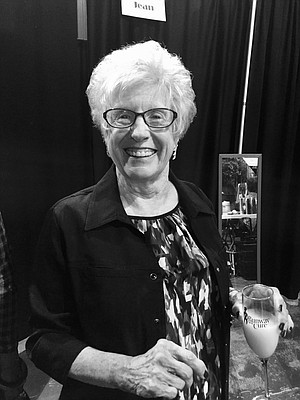 "Photo of Myrna ""Sue"" Dunn"