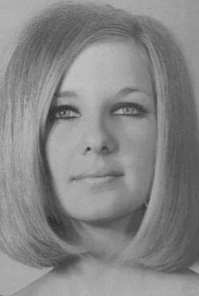 Photo of Linda Carroll Walton Newkirk