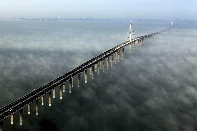 China Opens World S Longest Sea Bridge 26 Miles