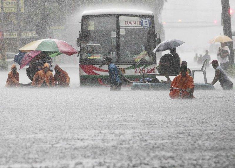 Philippine Floods Recede Death Toll At 8