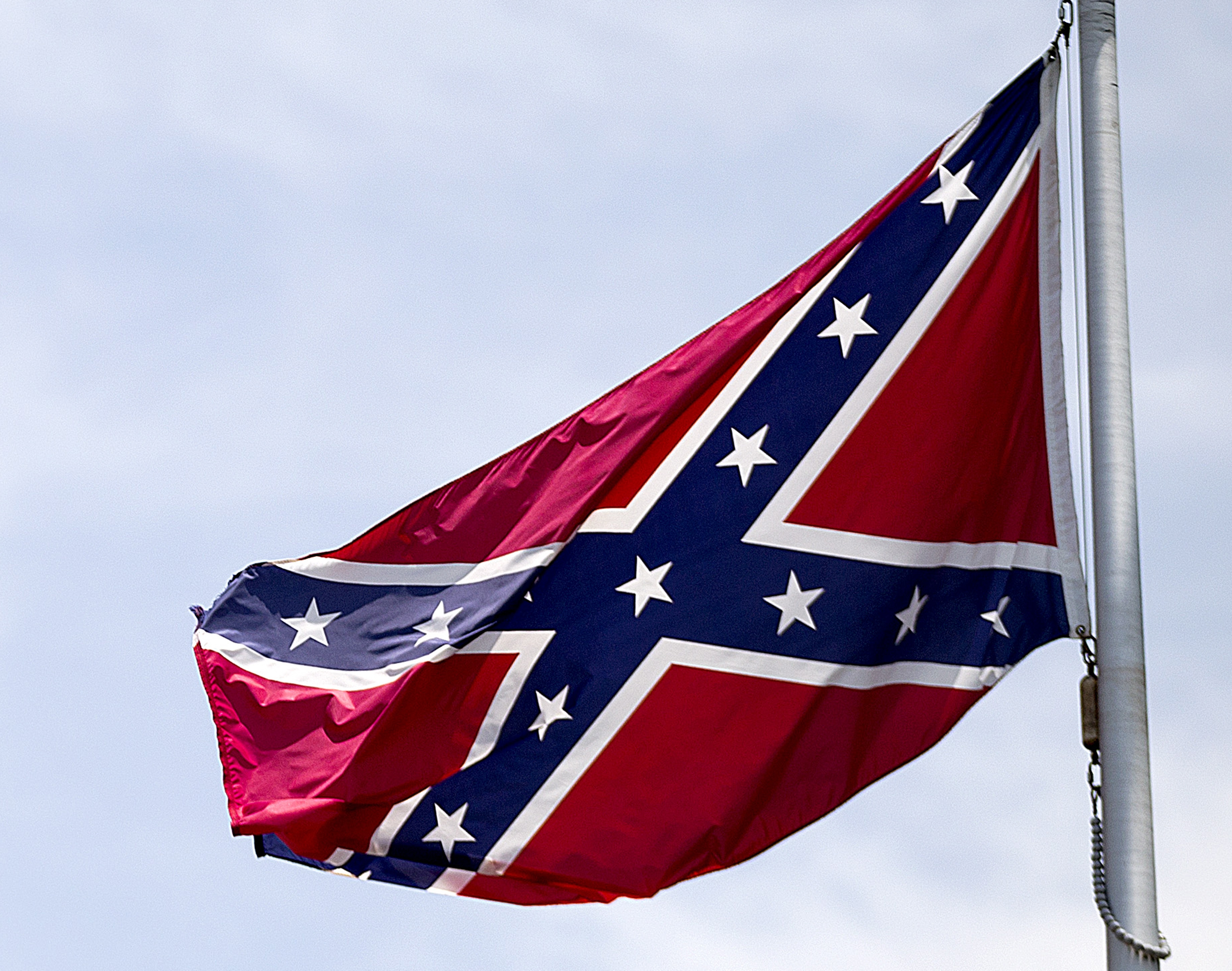 Lawsuit filed over ban of Confederate flag from Van Buren parade