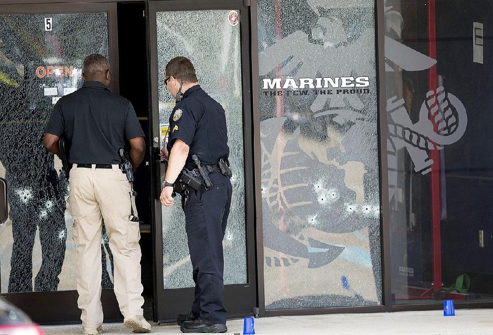 U S Shooter Kills 4 Marines