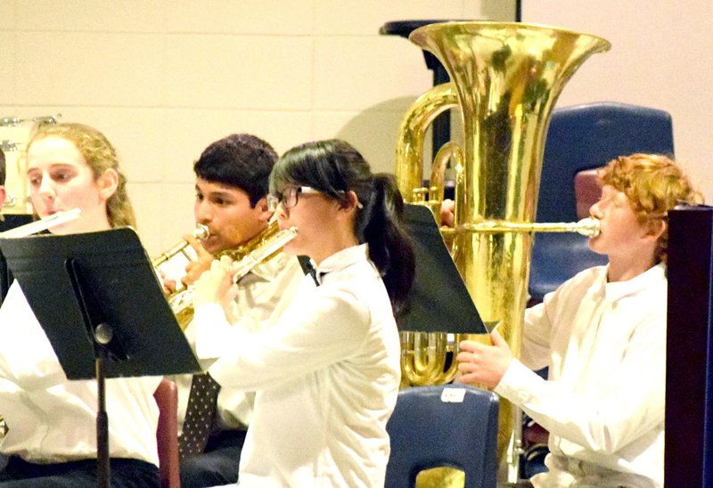 Russellville Tuba Christmas 2020 Decatur bands, choir perform before packed house