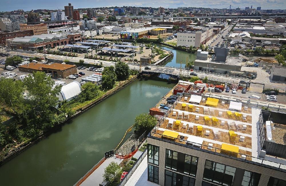 Brooklynites Unfazed By Canal