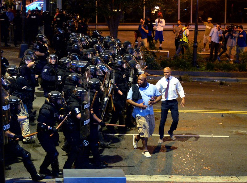 Videos Photos Protesters Out In Charlotte For 3rd Night But Stay Peaceful