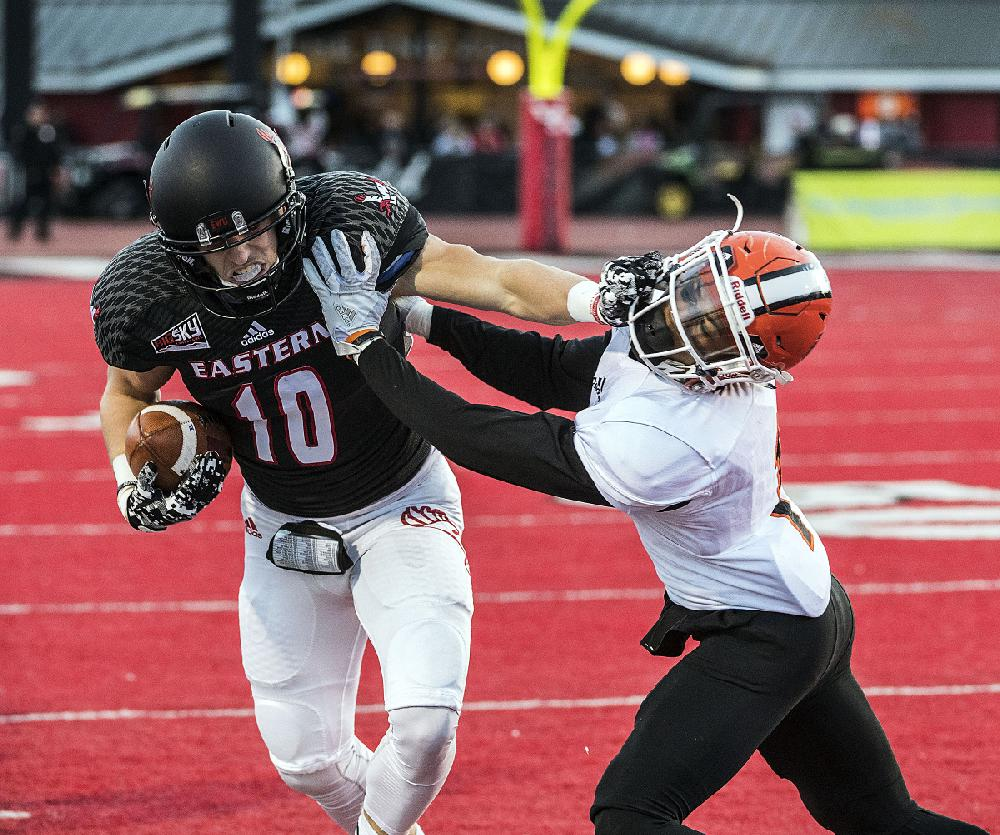 Uca To See Passing Aplenty Out Of Eastern Washington
