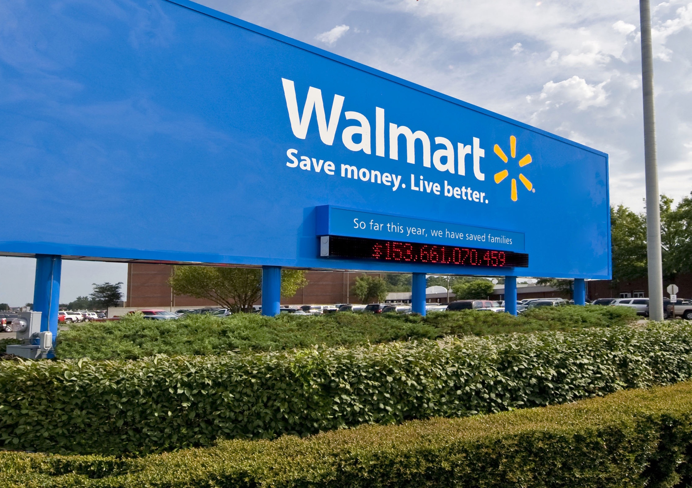Walmart Plans To Shift Status Of More Workers