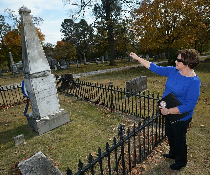 CRUMBLING HISTORY: Tombstone of Arkansas' first ...