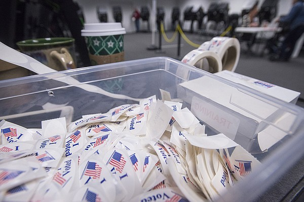 Election officials say campaign sign bill flawed