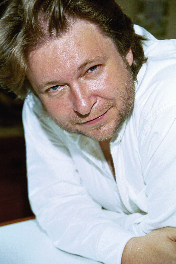 Rick Bragg celebrates mom and Southern cooking in his new book.