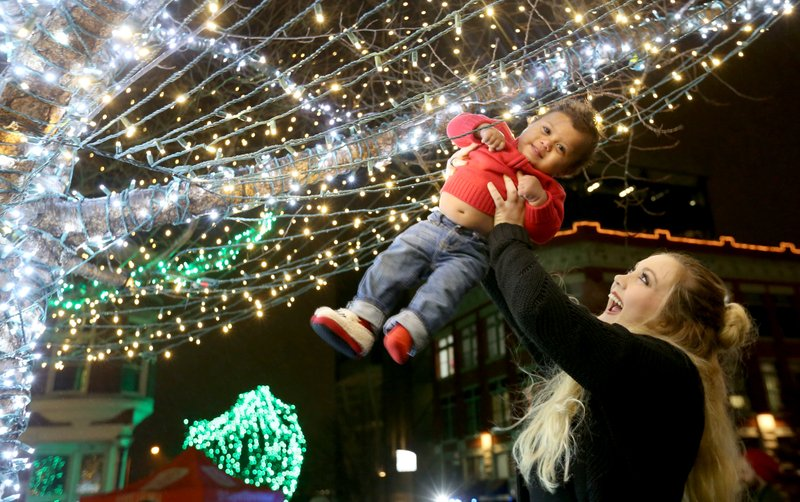 Nwa Christmas Lights 2020 PHOTOS: Lights usher in holiday season in downtown Fayetteville
