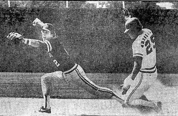 Arkansas second baseman David Van Horn forces out a Houston base runner during a 1982 game in College Station, Texas. (AP Photo)