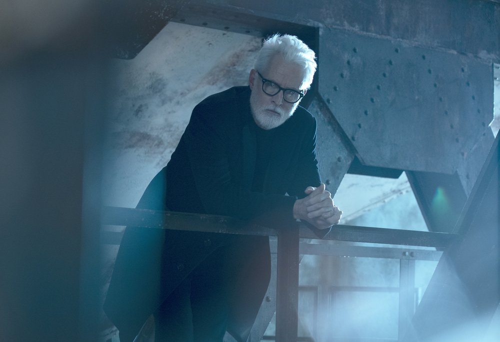 """This image released by FOX shows John Slattery in a scene from """"NEXT,"""" premiering this fall on FOX. (Miller Mobley/FOX via AP)"""