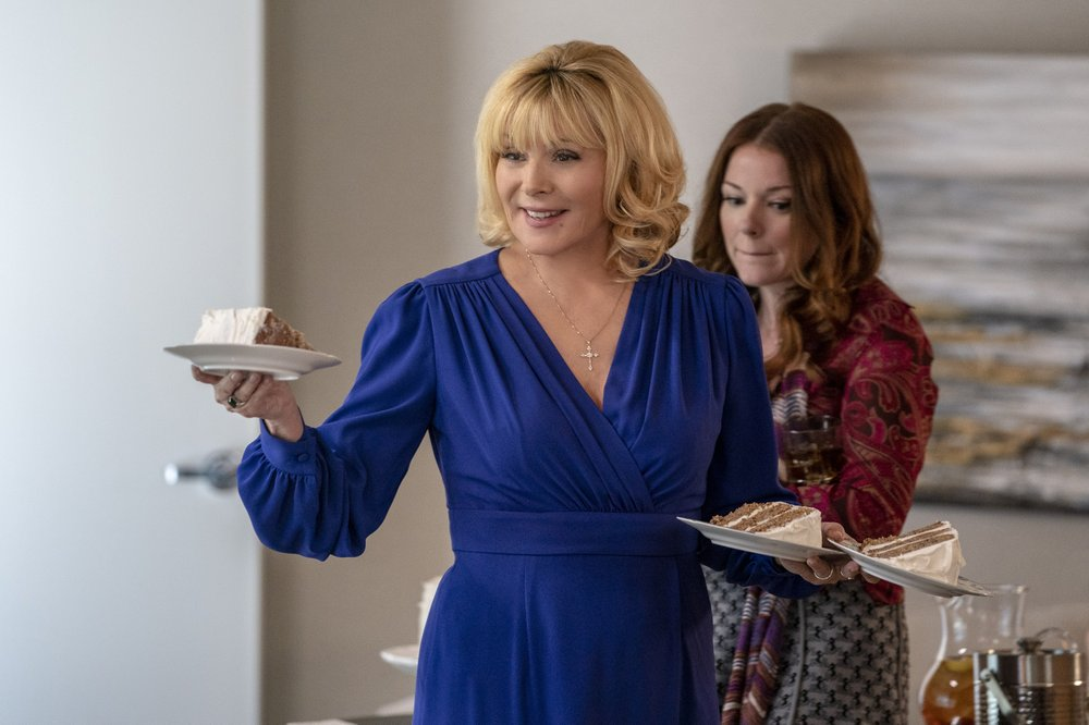 """This image released by FOX shows Kim Cattrall, left, and Aubrey Dollar in a scene from """"Filthy Rich"""" premiering on FOX in the fall. (Skip Bolen/FOX via AP)"""