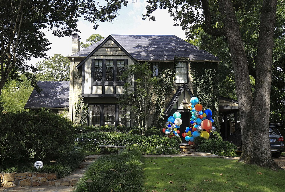 1904 Shadow Lane -- Owned by Lauren P. and Donald D. Blair Jr., this house was sold to Oak Shadow Lane LLC for $1,200,000.