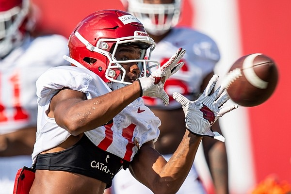 Jaquayln Crawford is practicing with the Razorbacks this season after transferring from Oklahoma.