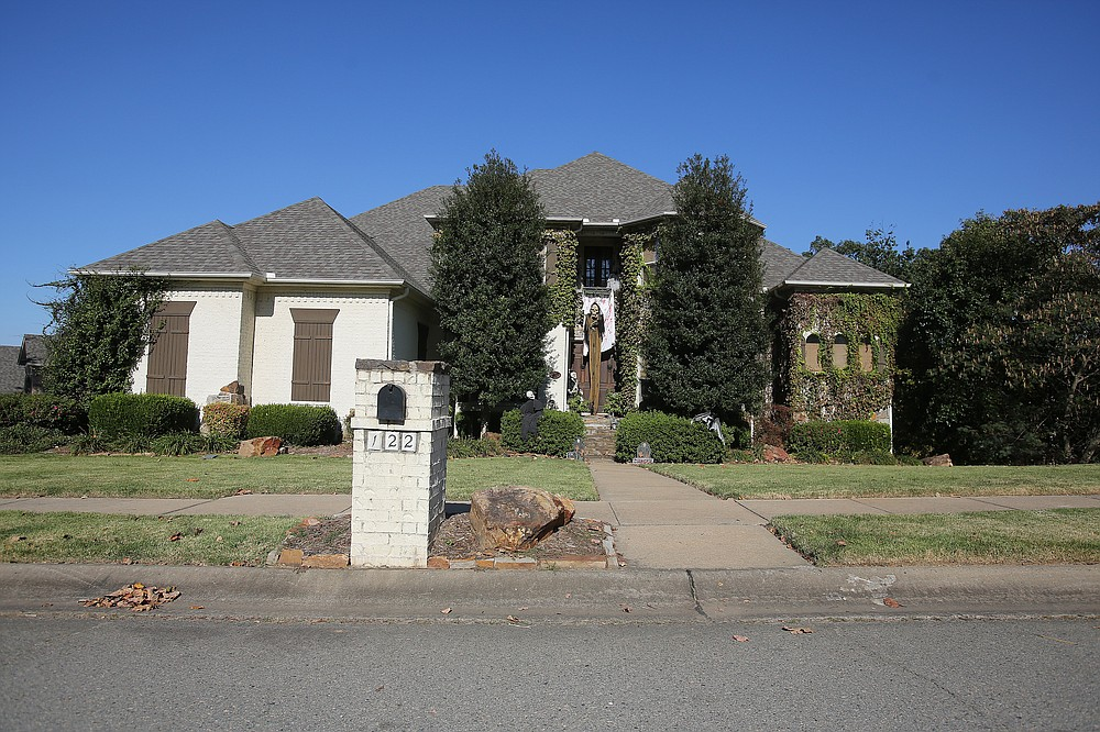 122 Wellington Plantation Lane -- Owned by Tina and Roger Case, this house was sold to Anthony D'Onofrio for $534,900.