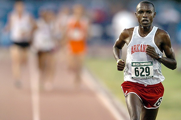 Arkansas' Josphat Boit leads during the men's 10,000-meter run during the NCAA Outdoor Track and Field Championships on Thursday, June 8, 2006, in Sacramento, Calif.