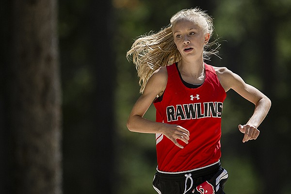 Distance runner Sydney Thorvaldson competes for Rawlins (Wyo.) High School. Thorvaldson, who will compete in the fall at Arkansas, was named the 2021 Gatorade national distance runner of the year. (File photo courtesy Casper Star-Tribune, with permission)