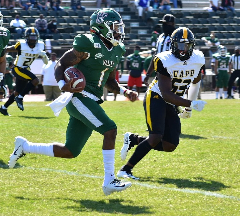 UAPB's defense will rely on Isaac Peppers (53), a second-team All-SWAC linebacker, to solve Alabama A&M's high-powered offense.  (Pine Bluff Commercial/I.C. Murrell)