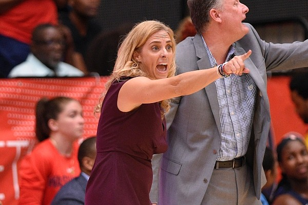 Atlanta Dream head coach Nicki Collen points during the second half of Game 3 of a WNBA semifinals basketball playoff game against the Washington Mystics, Friday, Aug. 31, 2018, in Washington. The Dream won 81-76. (AP Photo/Nick Wass)