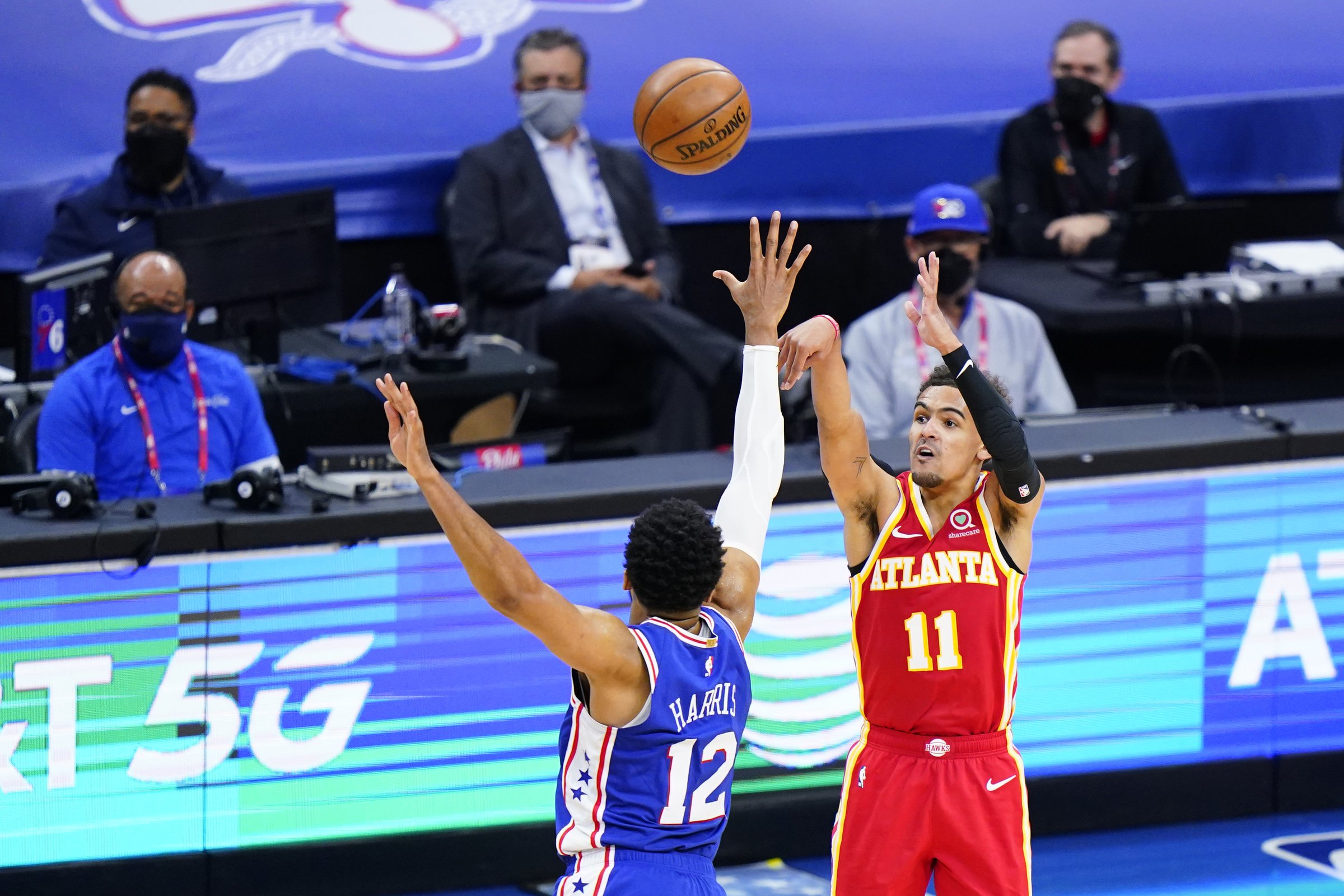 Hawks, down 26, blow by Sixers