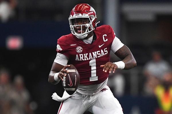 Arkansas quarterback KJ Jefferson (1) looks to pass, Saturday, September 25, 2021 during the second quarter of a football game at AT&T Stadium in Arlington, Texas.