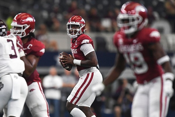 Arkansas quarterback KJ Jefferson (1) looks to pass, Saturday, September 25, 2021 during the second period of a football game at AT&T Stadium in Arlington, Texas.