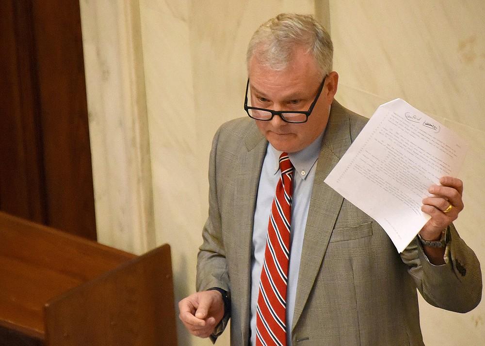 Lt. Gov. Tim Griffin speaks to senators Thursday at the state Capitol. (Arkansas Democrat-Gazette/Staci Vandagriff)