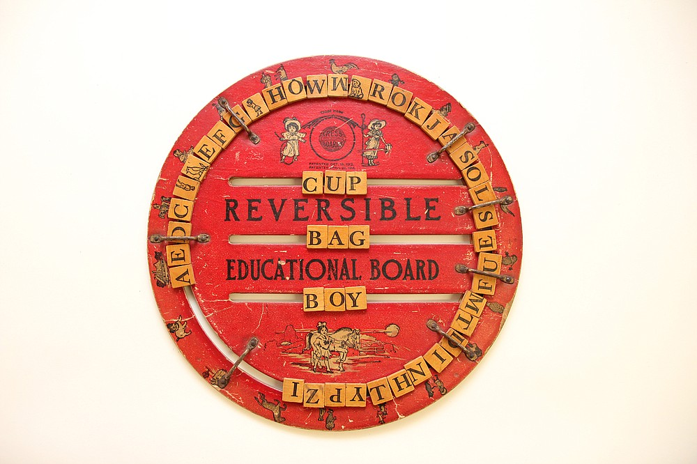 An alphabet, or speller board, was a popular learning tool in 1918. (National Museum of American History)