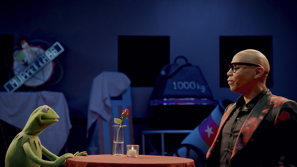 """Kermit the Frog and guest star RuPaul have a little talk in a scene from an episode of """"Muppets Now."""""""