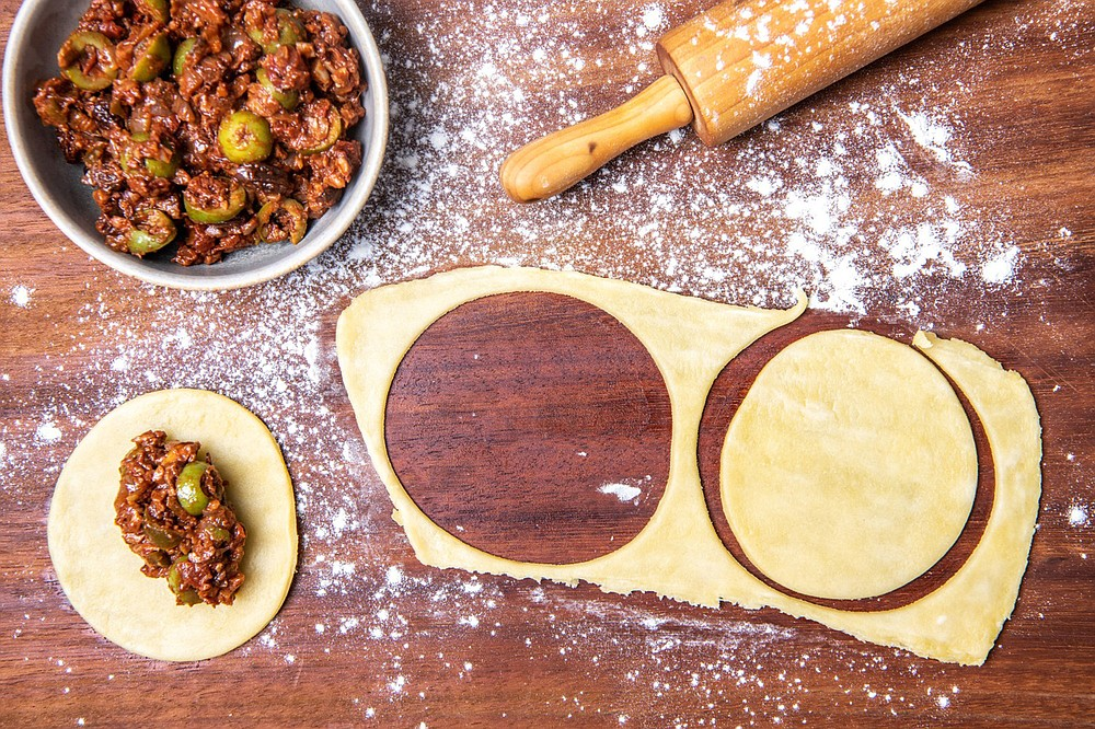 The making of Vegan Picadillo Empanadas (Los Angeles Times/TNS/Mariah Tauger)