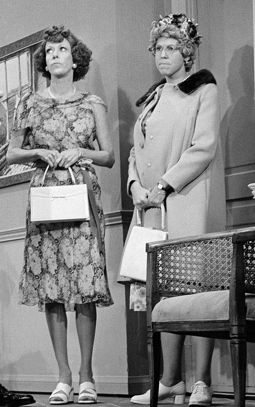 "REMOVES REFERENCE TO HULU- FILE - Carol Burnett, left, and Vicki Lawrence, appear at the taping of the final ""Carol Burnett Show"" on March 17, 1978, in Los Angeles. Episodes of ""The Carol Burnett Show"" are available on streaming services like Tubi and The Roku Channel. (AP Photo/George Brich, File)"