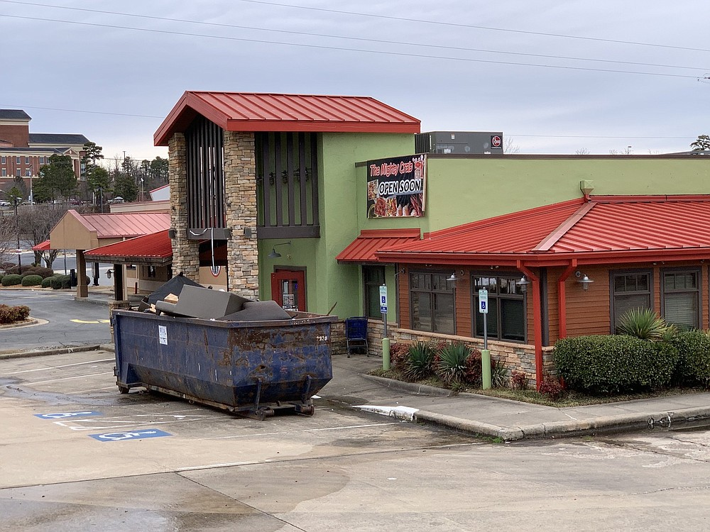 The Mighty Crab is opening a third area location in the former DacqShack/Famous Dave's Bar-B-Que space on Little Rock's North Shackleford Road. (Arkansas Democrat-Gazette/Eric E. Harrison)