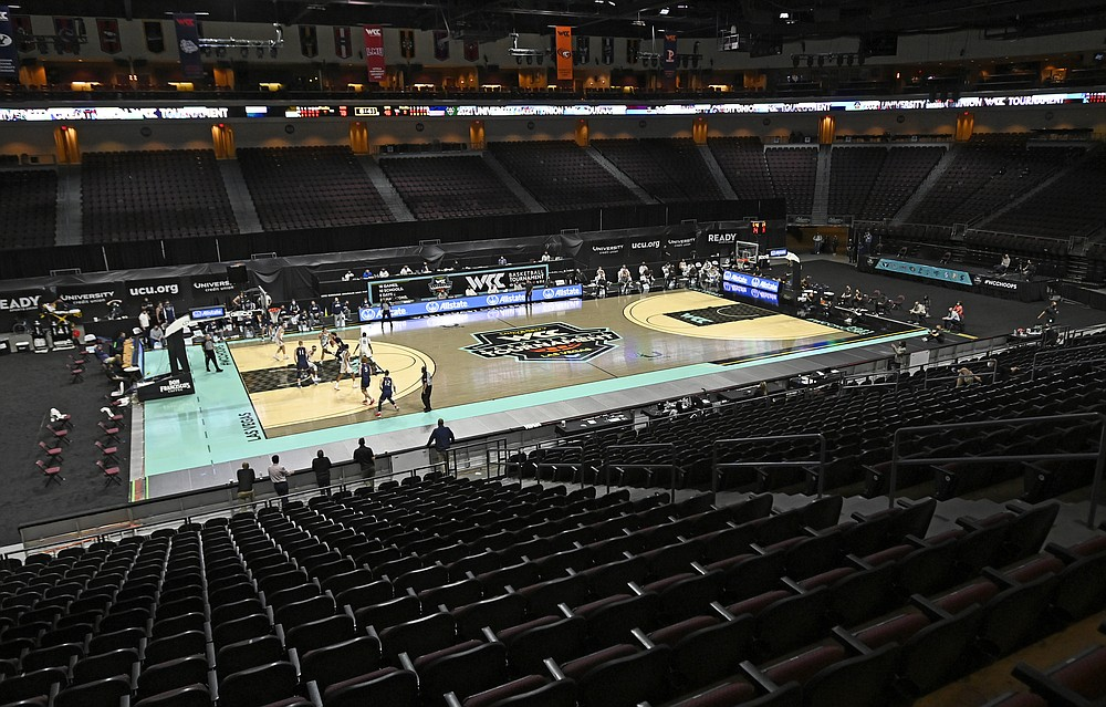 Gonzaga plays Saint Mary's with no fans in attendance during the second half of an NCAA semifinal college basketball game at the West Coast Conference tournament Monday, March 8, 2021, in Las Vegas. (AP Photo/David Becker)