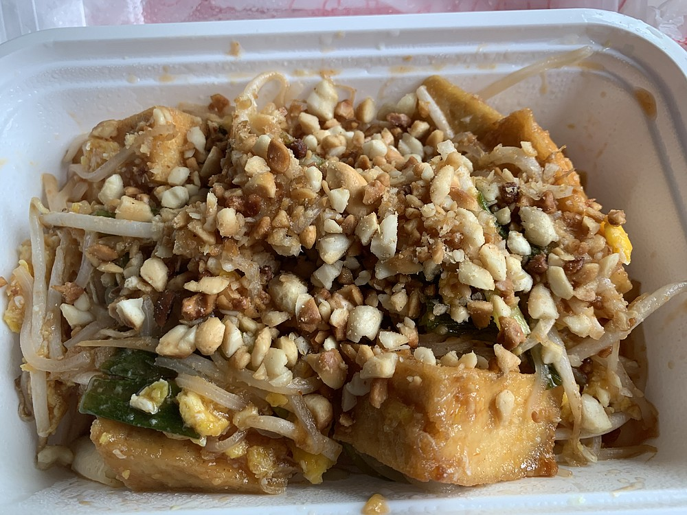 Pad Thai with fried tofu from Khao Gang Thai came in a surprising sweet-and-sour sauce. (Arkansas Democrat-Gazette/Eric E. Harrison)