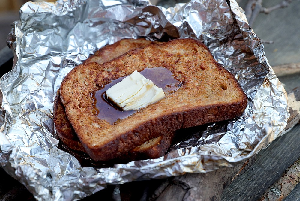 Campfire French Toast (TNS/St. Louis Post-Dispatch/Hillary Levin)