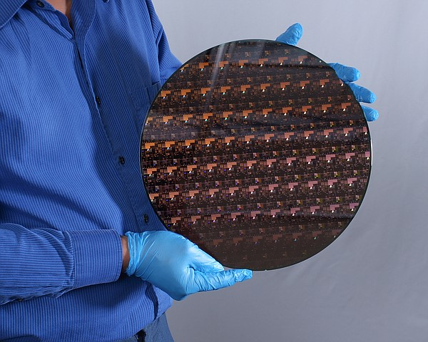 arkansasonline.com - IBM's microscopic chip parts pack big promise