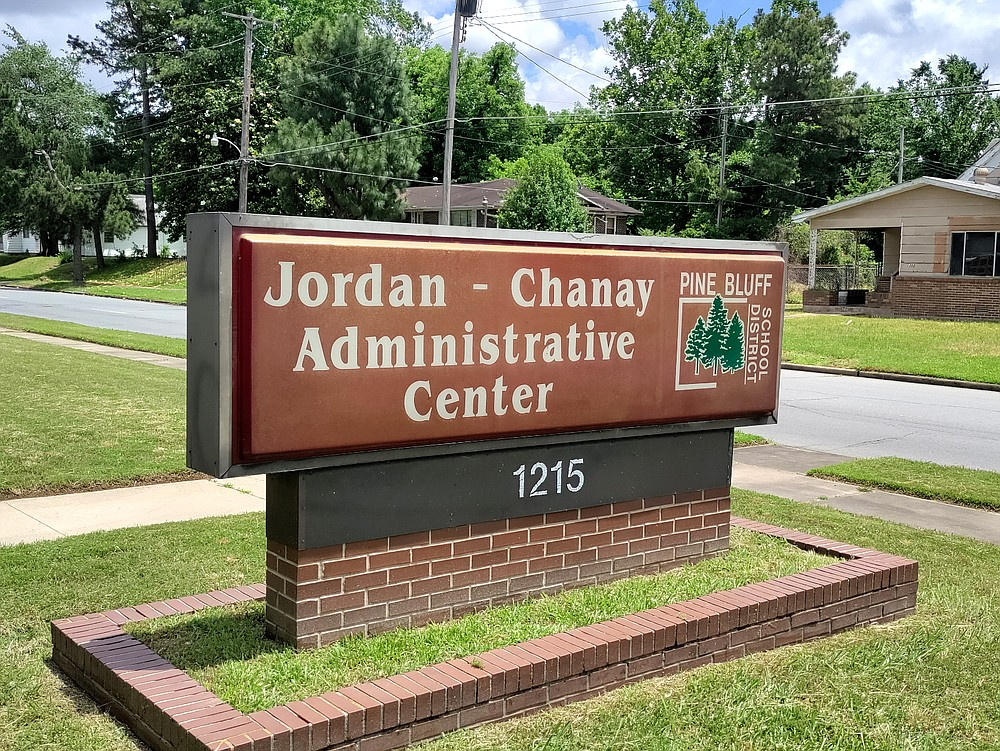 The Pine Bluff School District is now headquartered in the Jordan-Chanay Administrative Center on Pullen Avenue.  (Pine Bluff / IC Murrell commercial)