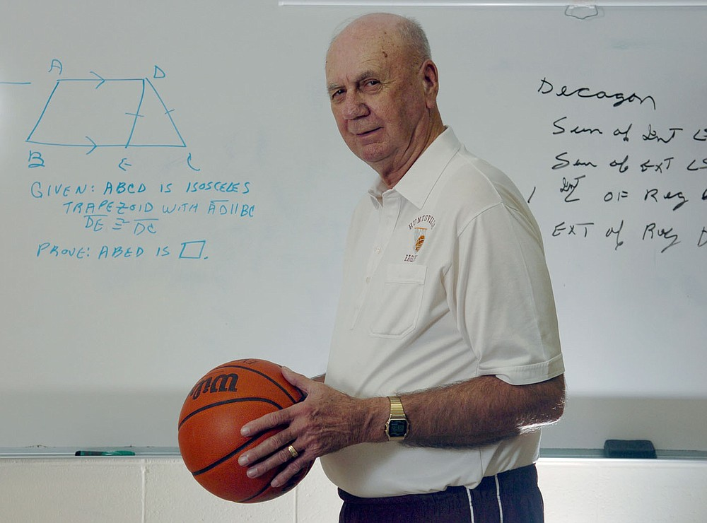 Charles Berry, shown in his Geometry classroom at Huntsville High School in 2009, will be inducted into the National High School Hall of Fame on July 1 in Orlando, Fla. Over a 57-year coaching career, Berry won 1,377 games and two state championships. Arkansas Democrat-Gazette/MICHAEL WOODS