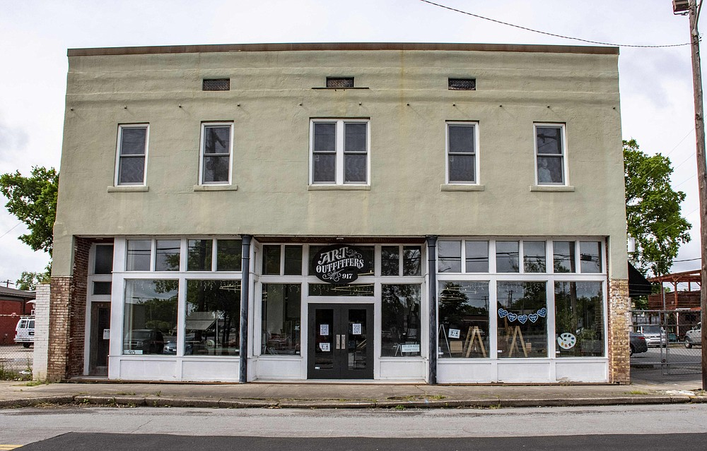 The exterior of Art Outfitters at 917 W. Seventh St. in Little Rock.   (Arkansas Democrat-Gazette/Cary Jenkins)