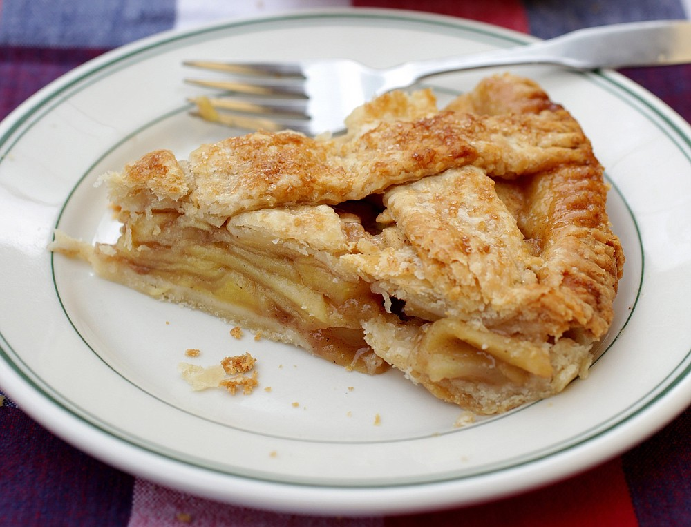 A slice of apple pie for a 4th of July celebration (TNS/St. Louis Post-Dispatch/Hillary Levin)