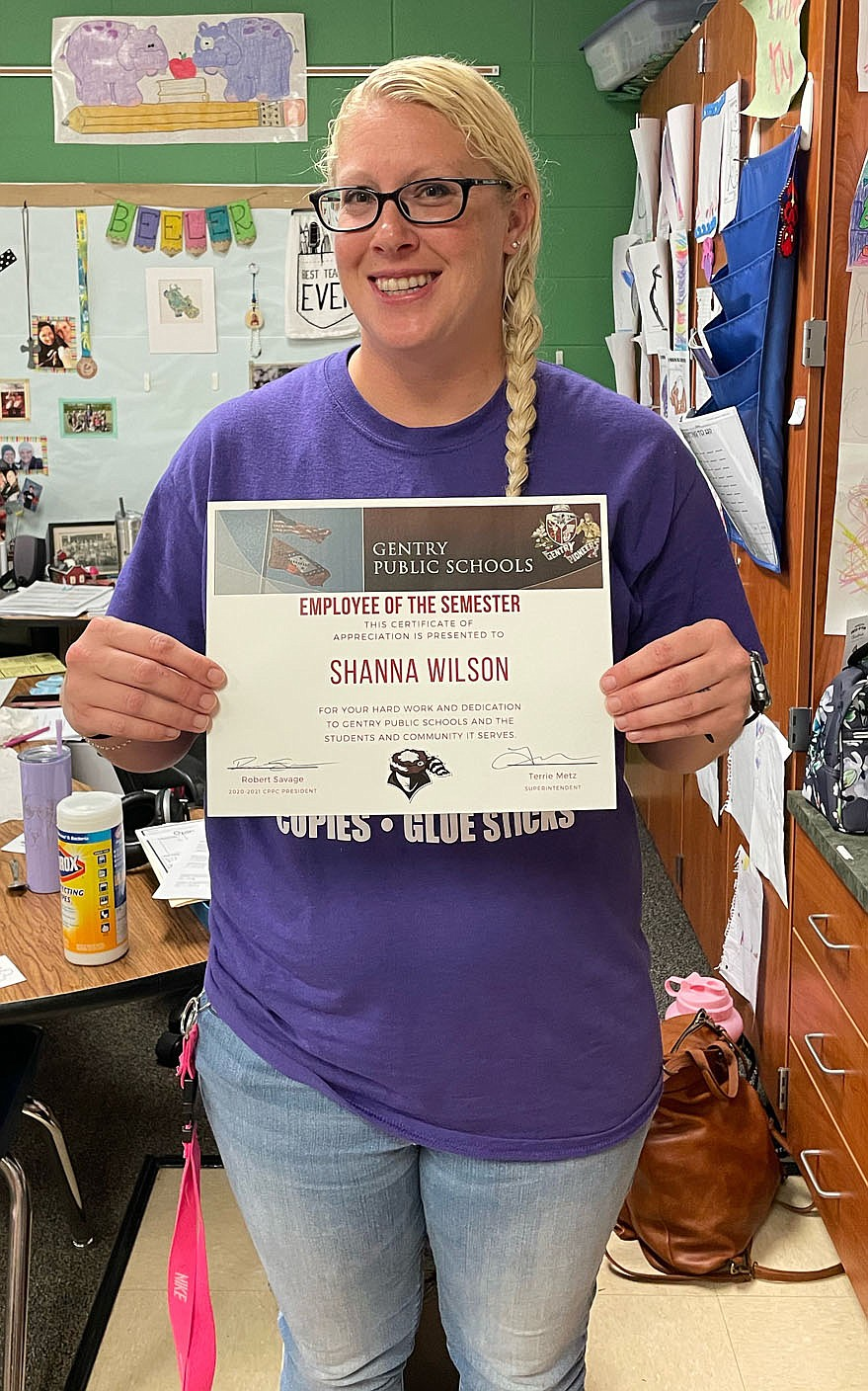 SUBMITTED Shanna Wilson received a classified employee of the semester award for her work in the Gentry Public Schools.