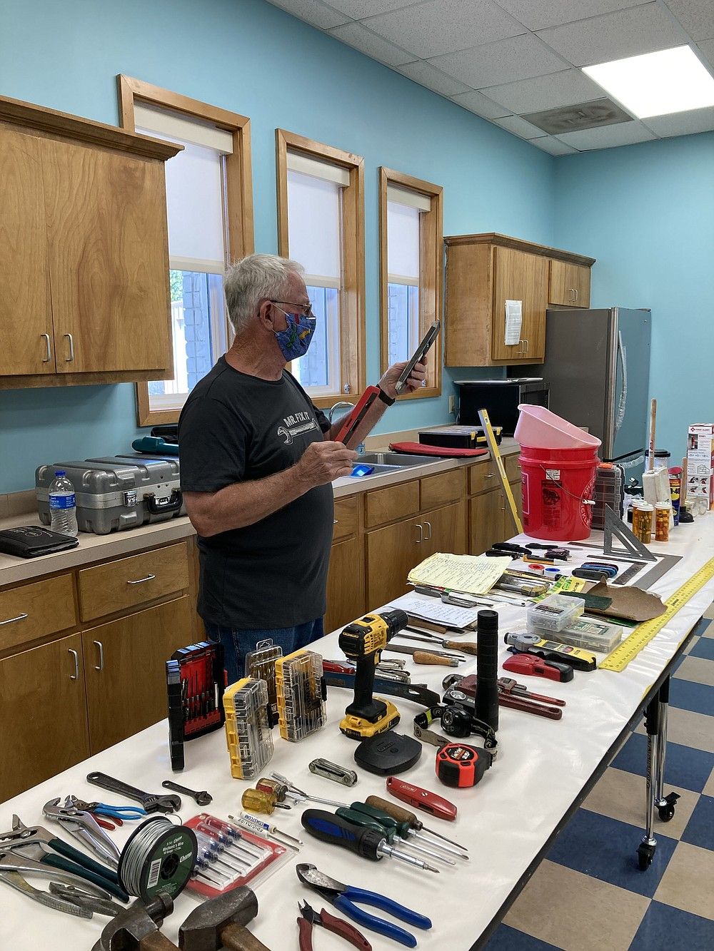 Stan Johnson, who has a background in electronics, makes a presentation at the Tool 101 class at the White Hall Library, a branch of the Pine Bluff/Jefferson County Library System. (Special to The Commercial/White Hall Friends of the Library)