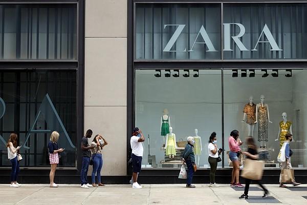 Consumers' June spending rises 1%