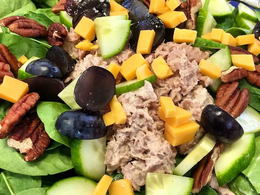 Spinach, Grape, Cheddar and Pecan Salad With Tuna or Chicken (Arkansas Democrat-Gazette/Kelly Brant)