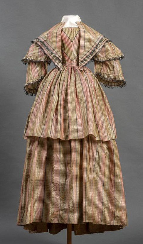 Morning dress with overskirt and fichu, unknown maker, owned by Julia Mary Young Miller, silk, taffeta, bleached cotton, and polished cotton, ca. 1845, Memphis, TN or New England, 59 x 19 in., collection of Historic Arkansas Museum, gift of Juliette Reed Wynn, 80.6.8 a-c