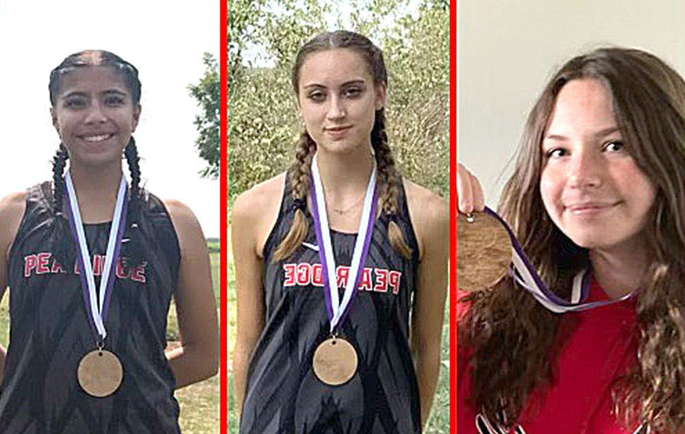 Sr. Girls 4A-5A Elkins invitational individual award winners were, from left, Liz Vazquez,  3rd, Kamree Dye, 11th, and Ava Pippin, 13th.