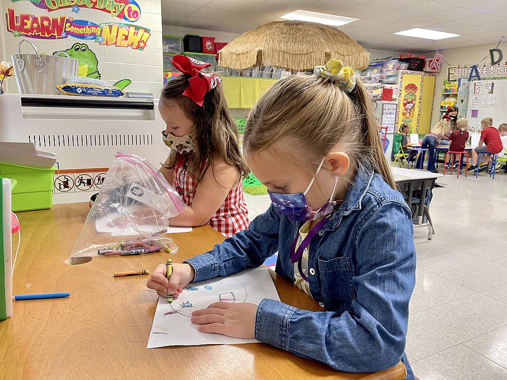Hugh Goodwin students practice their coloring during school on Wednesday, Sept. 23. (Contributed)